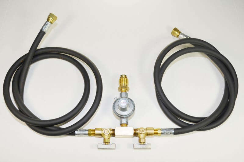 COM4D High Pressure Regulator with Two Hoses