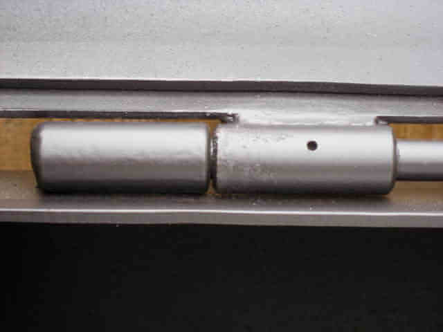 hinges with grease port on model 1628CC smoker pit
