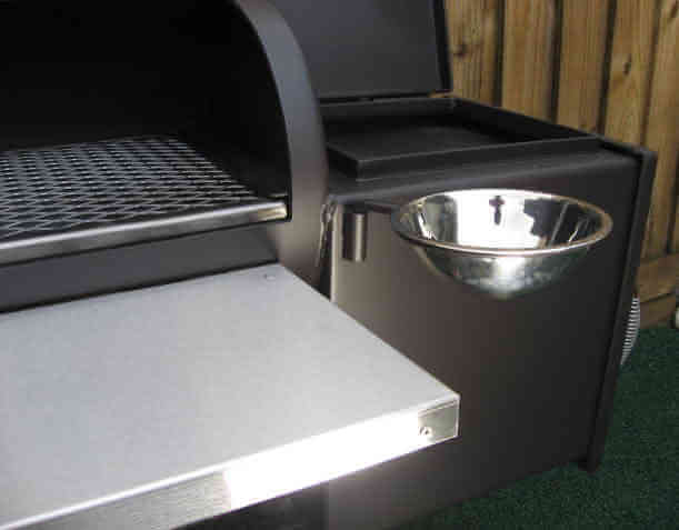 swivel sauce bowl installed on front of 1628CC smoker pit