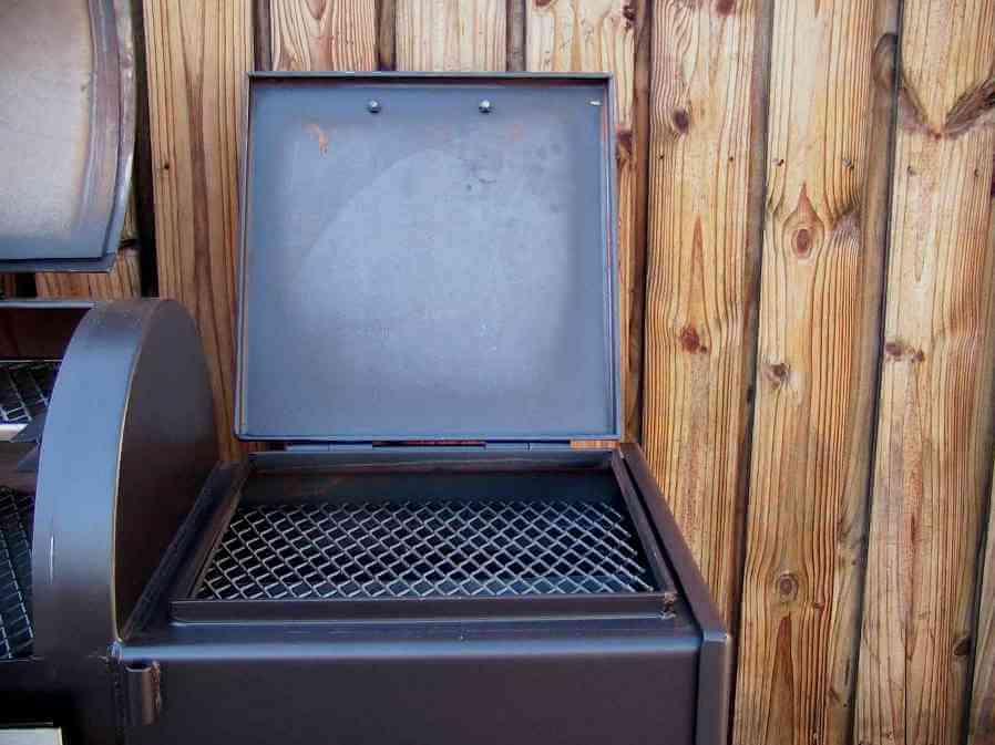 direct grill grate installed in model 2040 smoker pit firebox