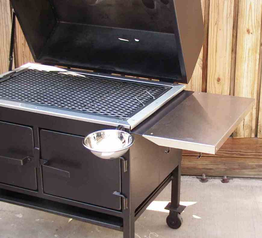 2436XL Fajita Grill with Optional Swivel Sauce Bowl