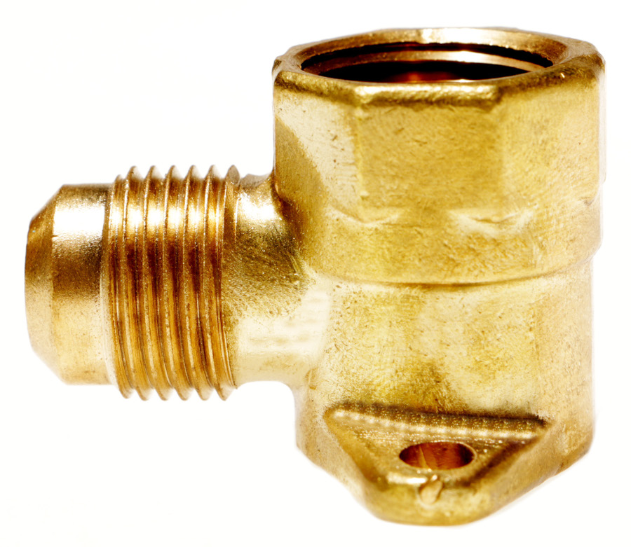 550 - Male Gas Flare x Female NPT Flanged 90° Ell side view