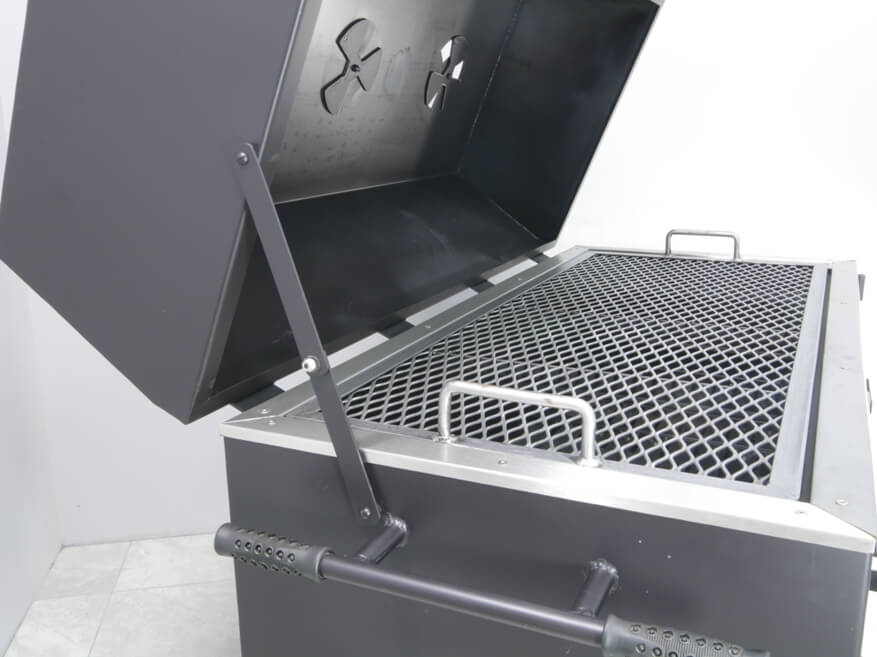 view of collapsing side arm for support of lid on model 2454XL charcoal grill