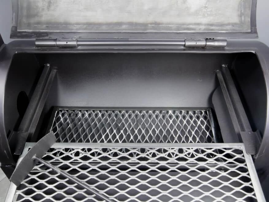 interior view of 1628 lower grate in barrel