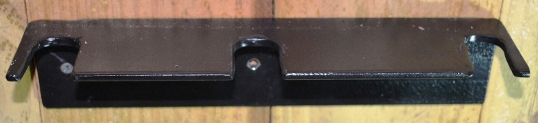 Vertical hanging support bracket for three tools